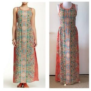 Romeo & Juliet Couture Maxi Dress ~ Size Small